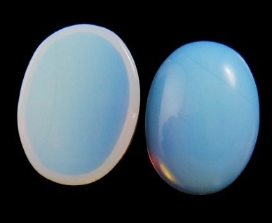 The classic blue iridescence of opalite.